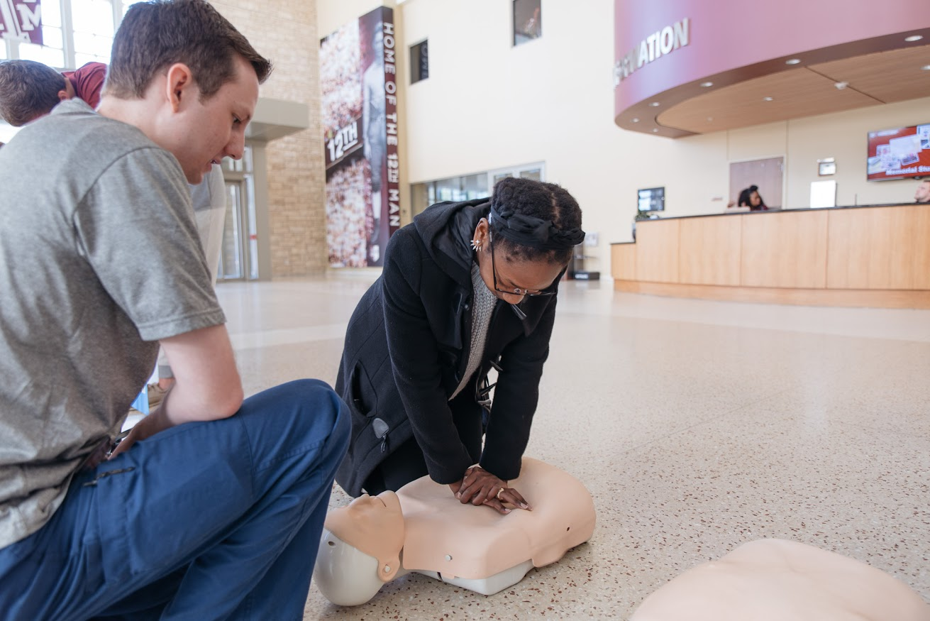 Hands-only CPR training can sometimes be the difference between life and death. (Photo by Cody Cobb)